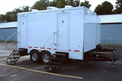 z large restroom trailer outside