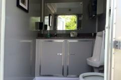 z restroom trailer inside 2